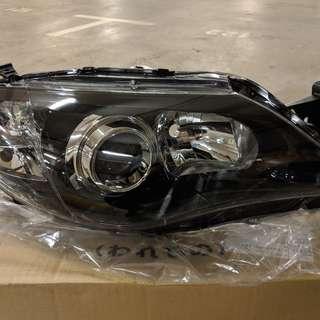 Complete set ORIGINAL Halogen LENS AND BODY, HEAD LAMP for Subaru Impreza WRX/STi 2008-14 GR/GH/GV C-E - NEW!