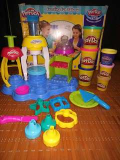 Play doh frosting bakery