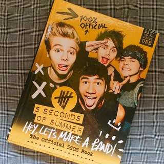 Hey, Let's Make a Band! Official 5SOS Book