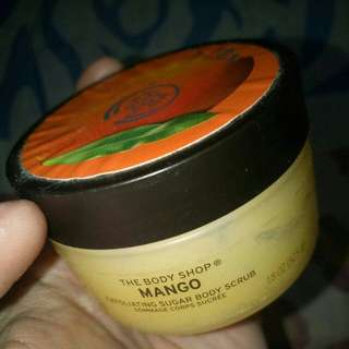 Sale !!! The Body Shop Scrub Mango