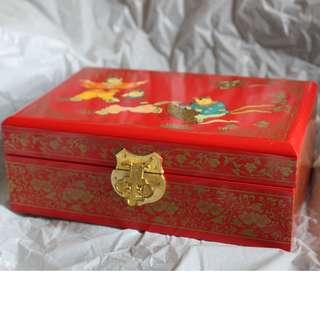 古典中古・木製朱漆首飾盒-勿壓價