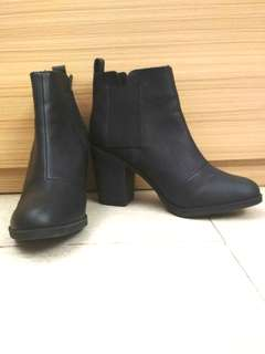 REPRICED!!!! Black boots