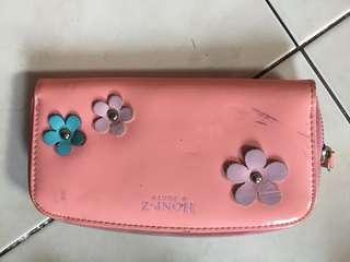 Dompet plastik pink