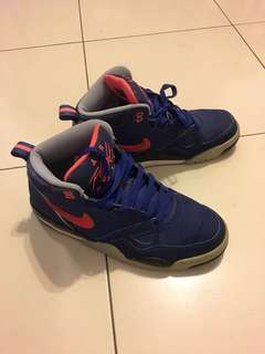 Nike air flight 2013 7成新 US9.5