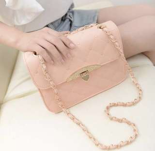 [PO] Mono-Coloured Hearts Quilted Chain Bag