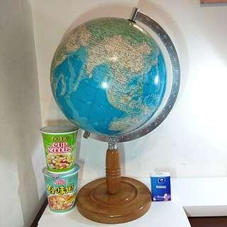絶版蘇聯版圖時代日本製大型地球儀