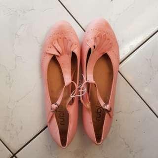 Salmon Pink Flats