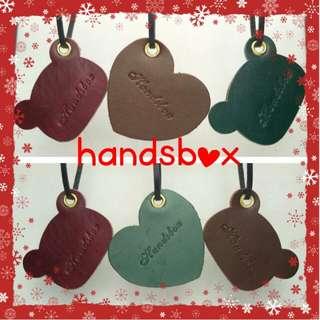 皮革書籤 皮革班 皮革課程 兩個 handsbox 皮革學堂 荔枝角 掛飾 掛牌