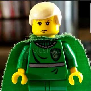 Lego Minifigure Harry Potter Draco Malfoy Classic Yellow face with cape