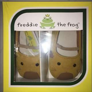 Freddie Frog prewalker shoes