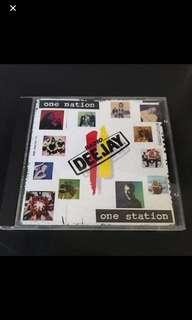 Box T1 - Deejay