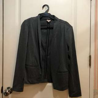 Details gray blazer