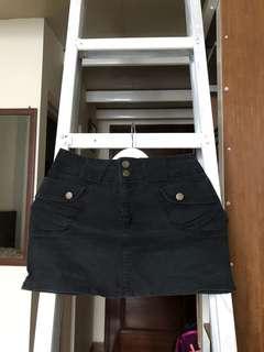 Mini skirt black (rok pendek)