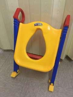 可摺疊式嬰兒坐便器