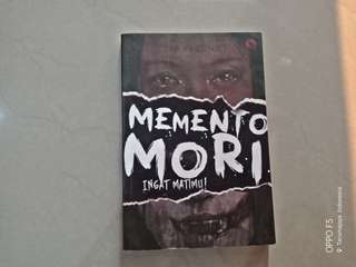 Novel horror - memento mori