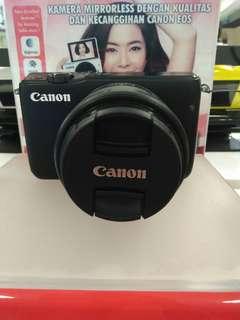 Eos Canon M10