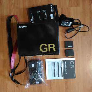 RICOH GR [USED][FOR REPAIRS]