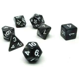 Dadu Polyhedral Bentuk D4 D6 D8 D10 D12 D20