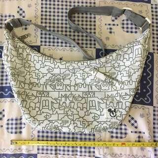米奇老鼠🐭布質斜揹袋