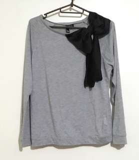 Charity Sale! Authentic H&M Divided Black Ribbon Grey Women's Sweater Size XS