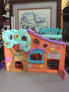 Littlest Pet Shop Clubhouse Playground free 3 little pets