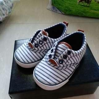 H&M,藍白間條鞋,20-21碼,約14cm長