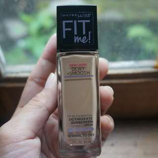 Maybelline Fit Me Dewy+Smooth (220 Natural Beige)
