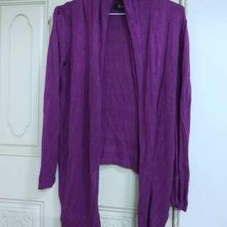 🚚 《九成新》深紫色前長後短針織長袖外套