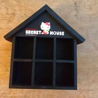 Hello Kitty Secret House