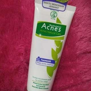 Acnes facewash