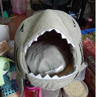 Shark Warm Indoor Kitten Dog Cat Sofa Bed Puppy Pet House With Mat