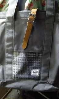 Herschel Shoulder Bag (Original)