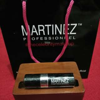 Lipstik Martinez