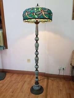 Antiques lamp (vintage)