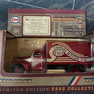 Esso 古董跑車