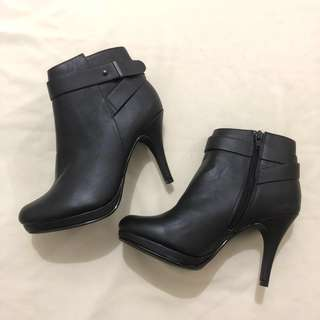Leather Ankle Boots from US Size 6