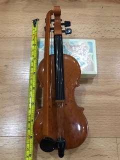 Vintage antique Violin with Built in music
