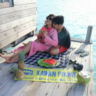 DOKUMENTASI HONEYMOON TRIP PULAU ROYAL