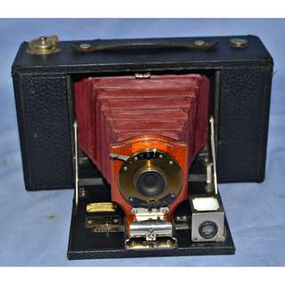 ANTIQUE VINTAGE KODAK NO.3 FOLDING BROWNIE MODEL B CAMERA CIRCA 1900S