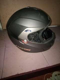 helmets 1s2