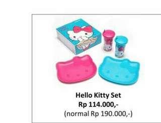 Hello Kitty set (tupperware indo)