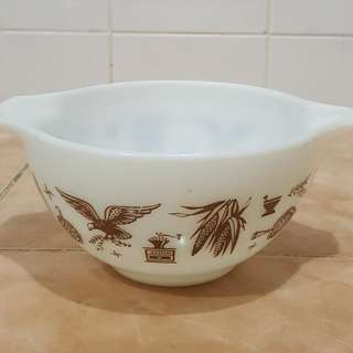 pyrex American heritage brown eagle mixing bowl
