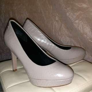100%正版ROCKPORT 女裝高踭灰色皮鞋 high heels 10cm高 2.5cm防水台 灰色皮 上班款 行政款