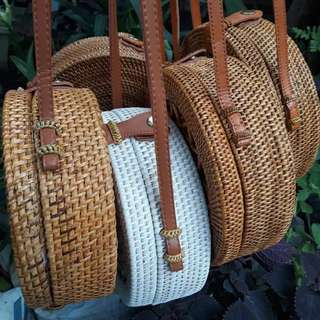 Hello ladies I am selling Rattan Bali Bag from Indonesia. Complete your summer essentials using this Rattan Bag. For order PM me😊. Thanks