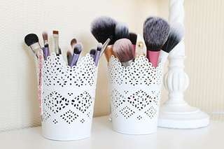 Make up brushes and tools holder