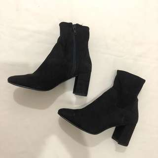 H&M Ankle Boots (SUEDE)Size 5.5