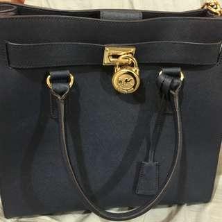 Pre-Loved Authentic Michael Kors Hamilton Bag