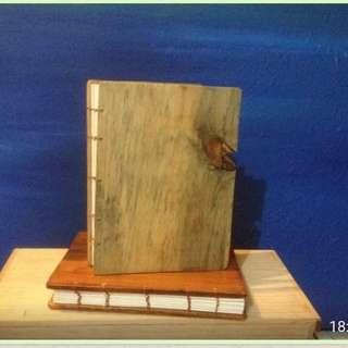 Handmade buku kayu