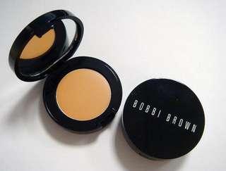 Bobbi Brown Corrector/Under Eye Concealer