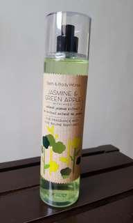 bath&body work (jasmine and green apple)